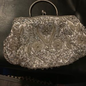SILVER SEQUINED EVENING BAG